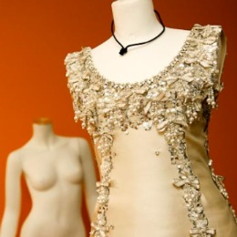Haute couture et broderies