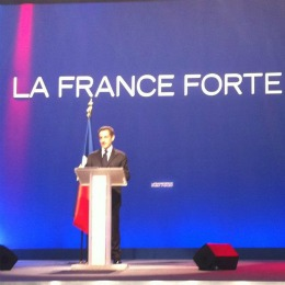 Nicolas Sarkozy lors de son meeting à Bordeaux