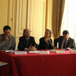 Denis Chaussier, vice président du relai agriculture et tourisme, Bernard Argtigue, Président CA 33, Anne Walrick, Adj.Maire de Bordeaux en cherge de la poàlitique du développement durable, Jean-Louis David, Maire de Quartier Saint James